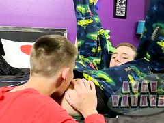 Bentley Gets A New Naked Crevice - Bentley Ryan And Leo Lengthy