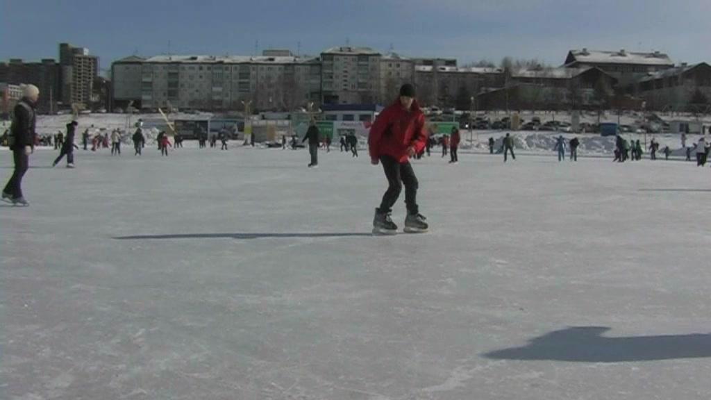 Super-Cute twunk skating