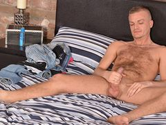 Masturbating With Unshaved Luke - Luke Stacks