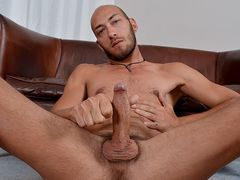 Spanish Hairy Man Dominic Is Well-Prepped To Make An Impression - Dominic Arrow