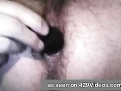 Parent films self while toying with his booty