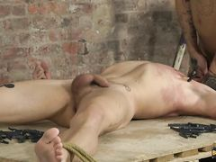 Mickey Shoots A Load Stiff After Face Plowing Izan - Izan Loren And Mickey Taylor